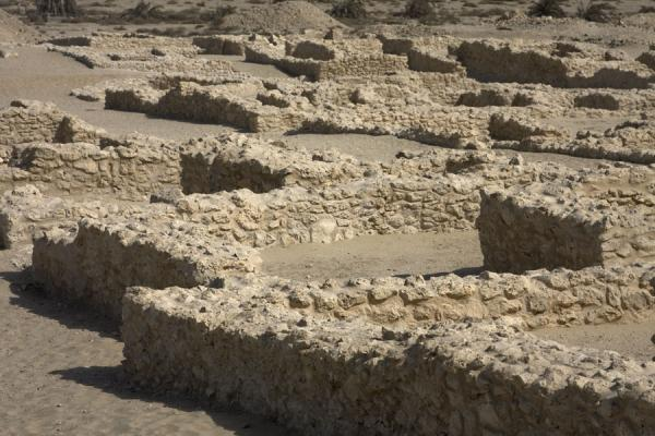 Picture of Saar (Bahrain): It is easy to discern the outline of houses in the ruins of Saar