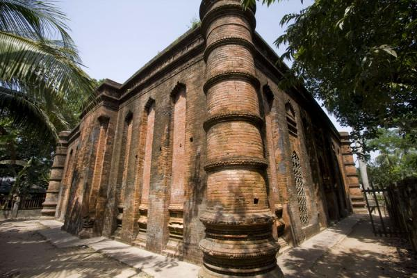 Side view of the nine-domed mosque | Bagerhat mosques | Bangladesh