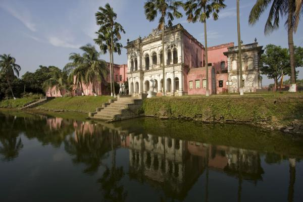 Picture of Sonargaon (Bangladesh): Sadarbari, currently housing the folk museum, is one of the most attractive buildings of Sonargaon