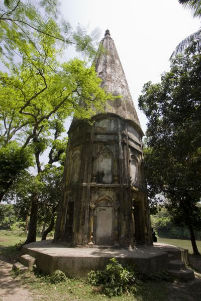 Foto van Tower at the Shiva shrine in SonargaonSonargaon - Bangladesh
