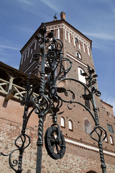 Looking up the well decoration and the central tower of Mir castle | Mir Castle Complex | Belarus