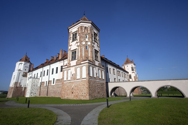 Looking up Mir castle with access bridge from the eastern side | Mir Castle Complex | Belarus