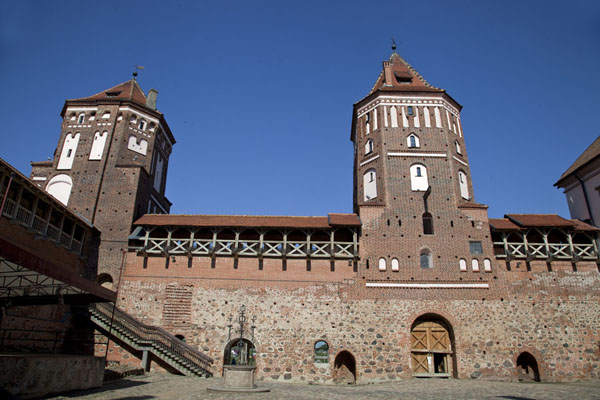 Interior view of the courtyard of Mir castle with three towers | Mir Castle Complex | Belarus