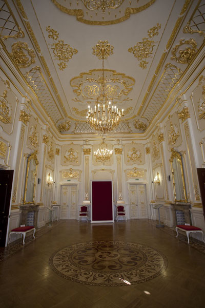 One of the rooms in the palace of Njasvizh showing off the wealth of the Radzivili family | Njasvizh | Belarus