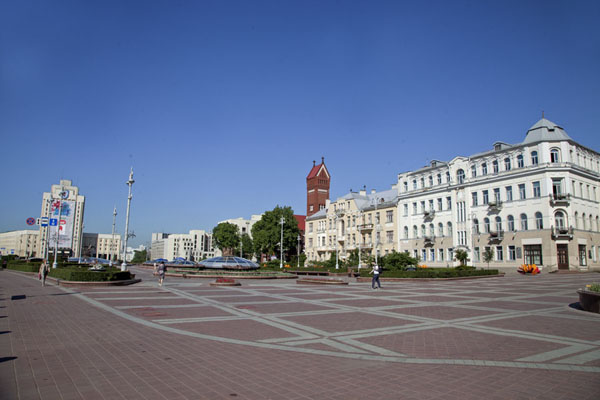 Picture of Spacious Independence Square: the western side of the square
