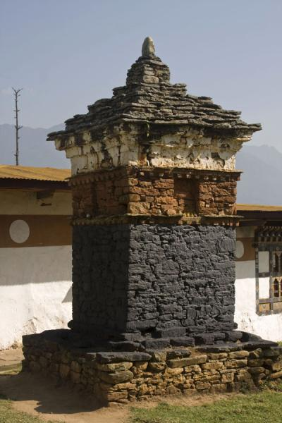 Picture of Chimi Lhakhang (Bhutan): Chorten on one side of Chimi Lhakhang