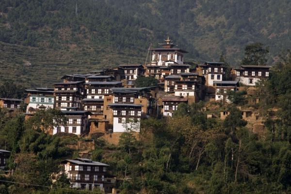 Rinchengang village seen from across the valley | Rinchengang | Bhoutan
