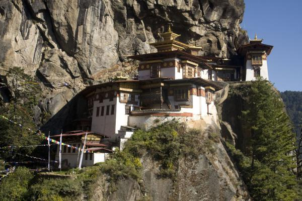Picture of The monastery at Taktsang clings to the steep cliffs