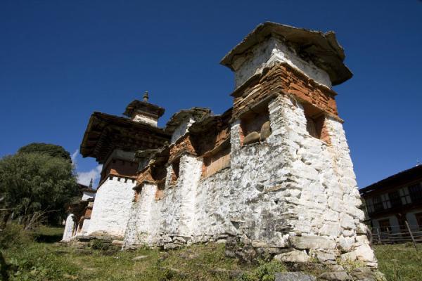 Picture of Ugyen Chholing Palace (Bhutan): Prayer wall near Ugyen Chholing Palace