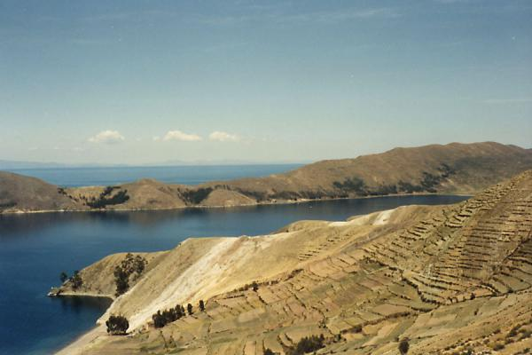 Foto van The islands of the Sun and Moon are of historical importance, and make one realize the vastness of Lake Titicaca.From one of the little hills in the village, sunsets are a sight to be remembered.Copacabana - Bolivia