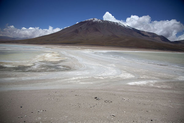 Picture of Laguna Verde (on the right) and Laguna Blanca (on the left)Eduardo Avaroa Reserve - Bolivia