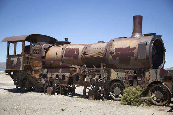 Foto van Locomotive at the train cemetery near UyuniUyuni - Bolivia