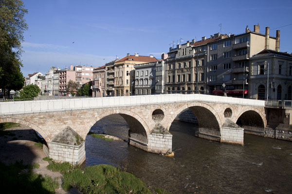 Foto van The Latin Bridge, close to which Gavrilo Princip killed archduke Franz FerdinandSarajevo - Bosnië en Herzegovina