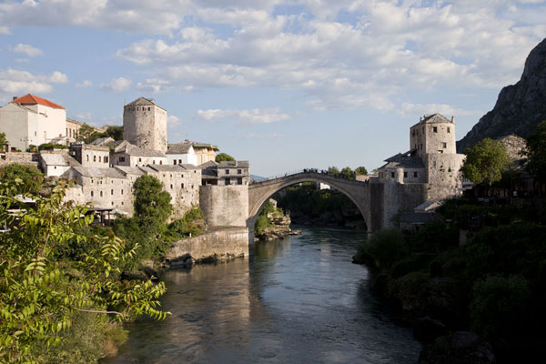 Afternoon view of the Neretva river and the Old Bridge of Mostar | Mostar Old Bridge | Bosnia and Herzegovina