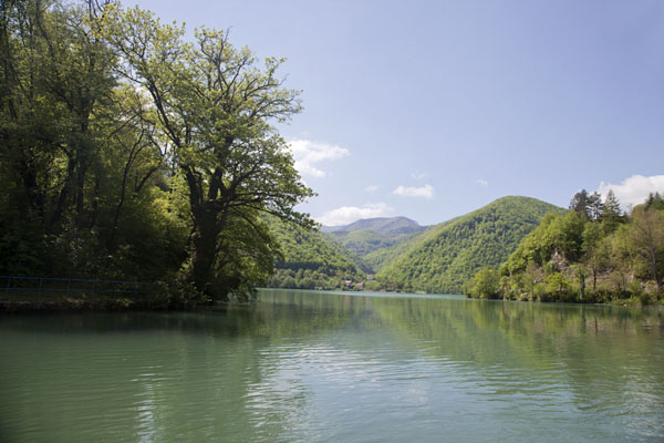 Picture of Pliva Lakes (Bosnia and Herzegovina): The large Pliva lake