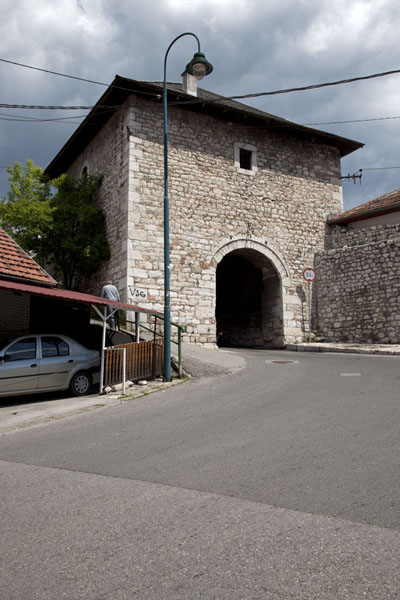 Višegradska gate on the east side of Vratnik | Quartier Vratnik | la Bosnie-Herzégovine