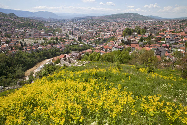 Photo de View of Sarajevo from the White FortressSarajevo - la Bosnie-Herzégovine