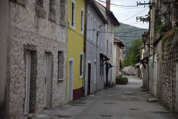 One of the streets of the old town of Trebinje | Trebinje | la Bosnie-Herzégovine