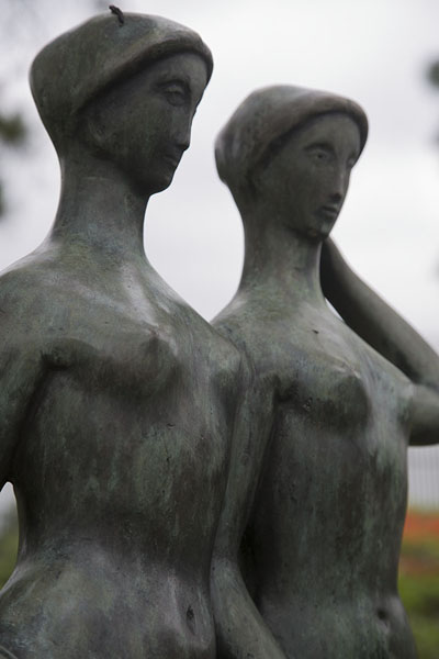 Two female statues in the sculpture garden in Ibirapuera Park | Parque Ibirapuera | Brazil
