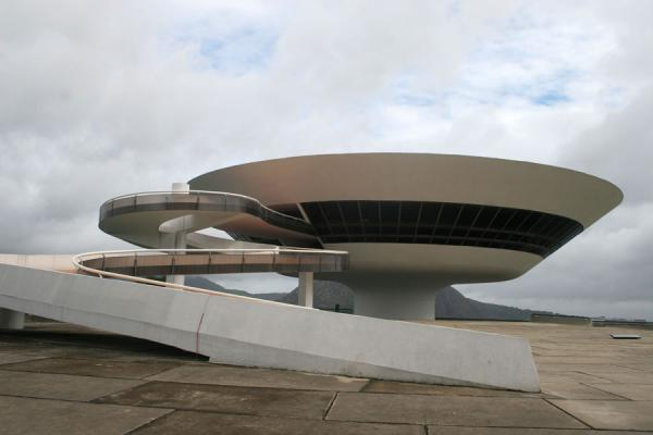 Undulated forms are the crucial elements of the MAC | MAC Niemeyer Museum | Brazil
