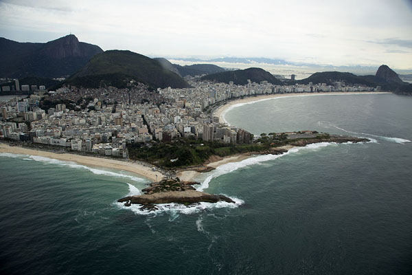 Foto van Pedra do Arpoador, Copacabana and IpanemaRio de Janeiro - Brazilië