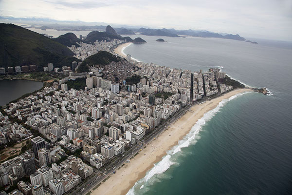 Foto van Ipanema and Copacabana beaches seen from the skyRio de Janeiro - Brazilië