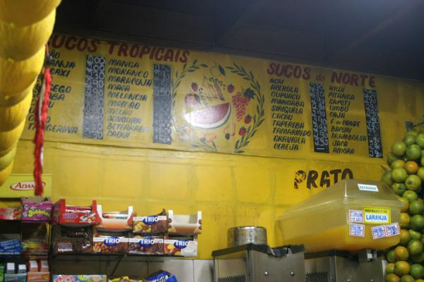 Foto van Menu of possible fruit juicesRio de Janeiro - Brazilië