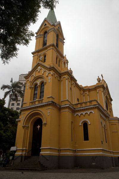 Picture of São Paulo Historic Centre (Brazil): On the small Largo de Paiçandú stands the Nossa Senhora do Rosário dos Homens Pretos church