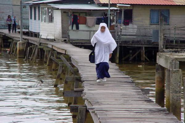Coming back from school | Kampung Ayer | Brunei