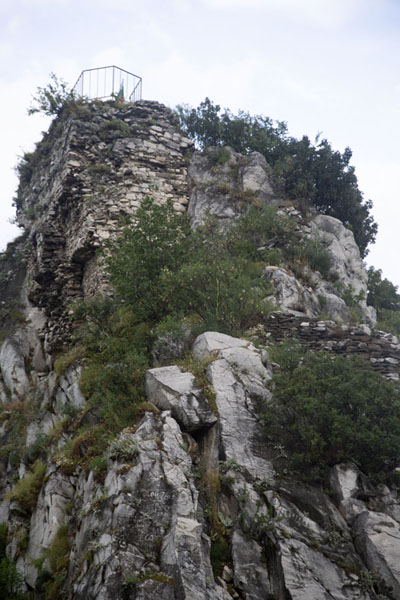 Picture of Looking up the steep rock on which the fortress is builtAsen - Bulgaria