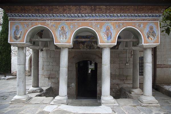 Foto van Exterior of the Sveta Bogoroditsa churchBachkovo - Bulgarije
