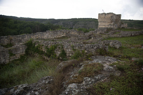 The Western Fortification wall with the Western Battle tower | Fortezza di Cierven | Bulgaria