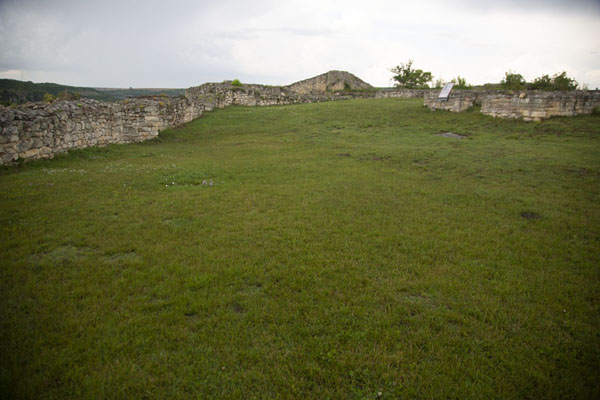 The spacious grounds where once the castle of Cherven stood | Fortezza di Cierven | Bulgaria