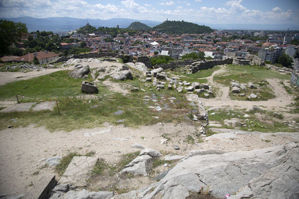Foto de Overlooking the ruins of Thracian settlement Eumolpias, better known by its Turkish name Nebet TepePlovdiv - Bulgaria