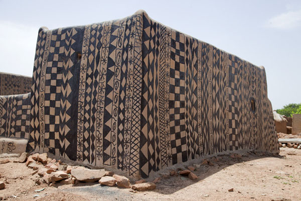 Square house for a couple painted with tar | Tiébélé painted houses | Burkina Faso