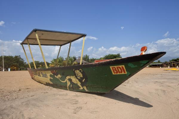 Picture of Boat on Saga beachSaga - Burundi
