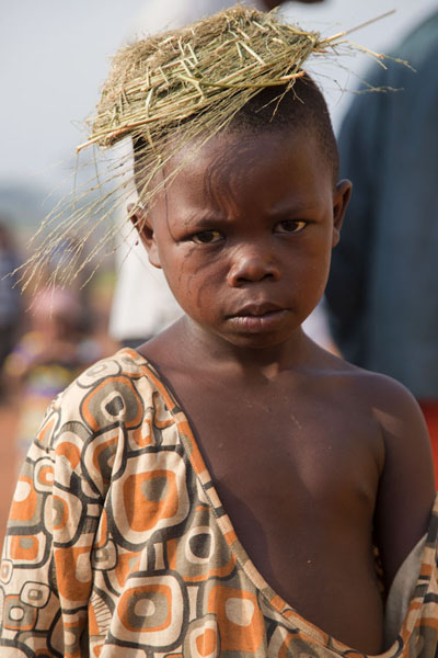 Photo de Kid posing for the picture in Libongo - Cameroun - Afrique