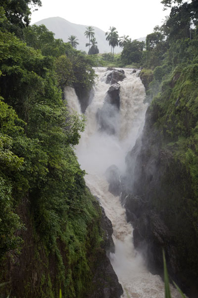 Metchum Falls, just before Wum | Grassfields Ring Road | Cameroon