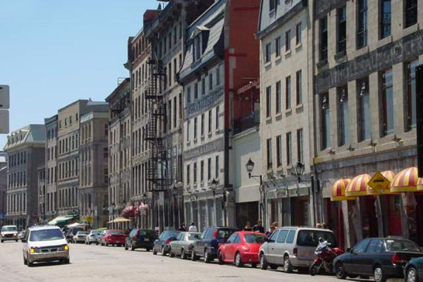 Foto de Rue de la Commune - Montreal - Canada - América