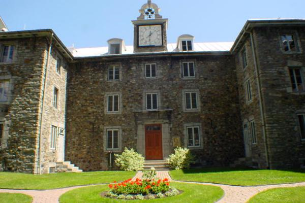 Photo de Oldest remaining house of the cityMontréal - le Canada