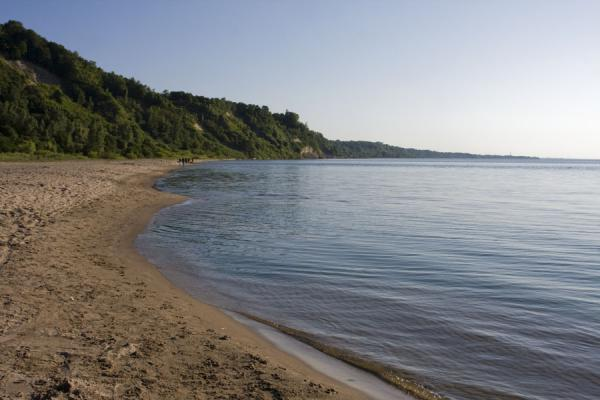 Beach and Lake Ontario at Cathedral Bluffs | Riscos de Scarborough | Canada