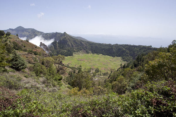 Picture of Coculi to Rabo Curto hike (Cape Verde): View over Cova, and São Vicente in the background