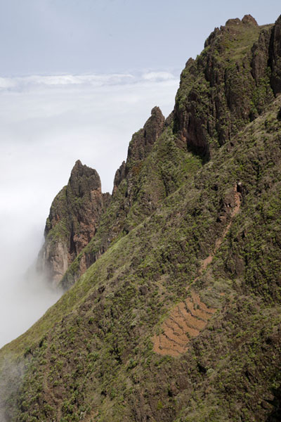 Steep mountains with terrace above the clouds | Coculi to Rabo Curto hike | Cape Verde