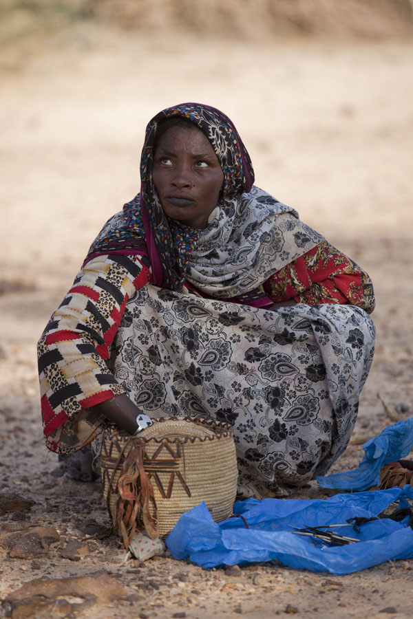 Picture of Woman selling souvenirs in central Chad - Chad - Africa