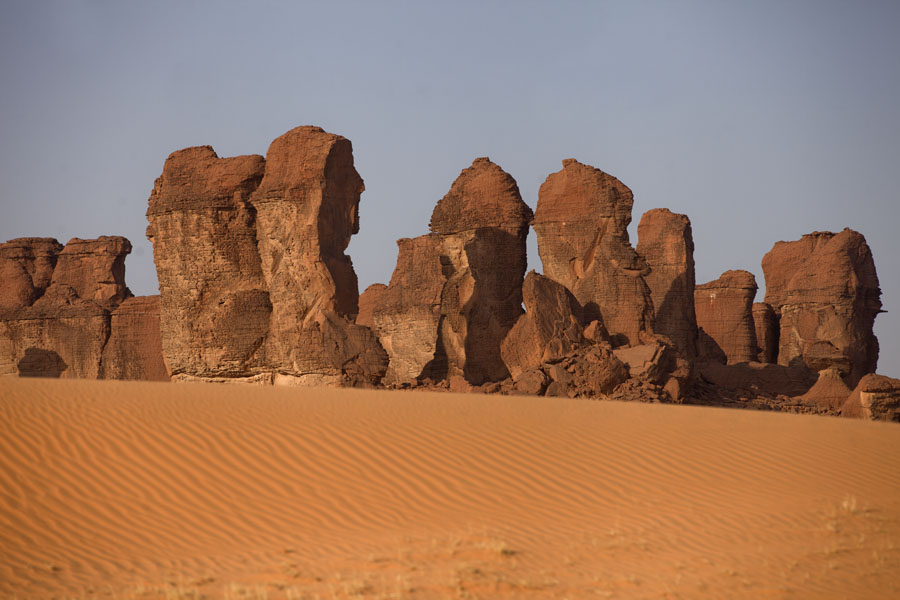 Picture of Terkei Kisimi (Chad): Desert view of Terkei Kisimi: rocky pillars in the sand
