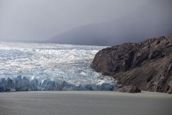 Foto van Grey Glacier seen from a distanceTorres del Paine - Chili
