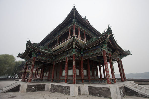 Pavilion of Bright Scenery on the West Causeway | Palacio de Verano | China