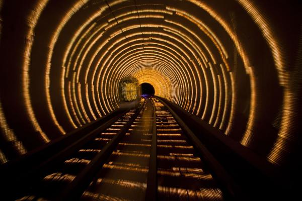 Yellow light rings in the tunnel | Shanghai | Cina