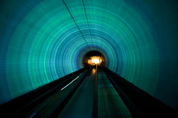 Blue and green lights in the Bund Sightseeing Tunnel | Shanghai | Cina