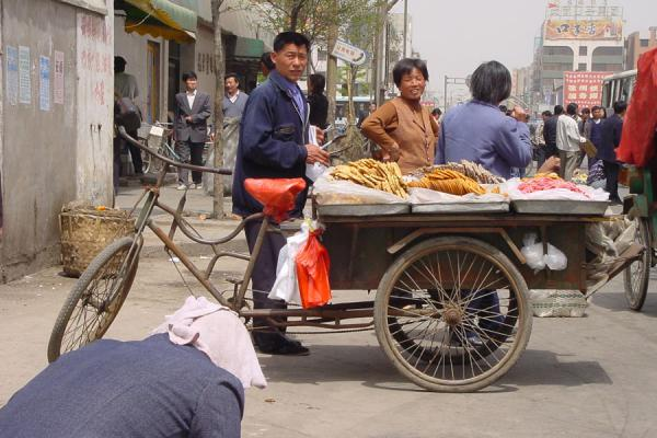 Picture of China bicycles (China): Bicycle market stall